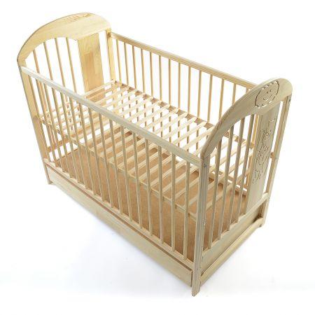 un patut din lemn pentru bebe cu un raport calitate-pret foarte bun