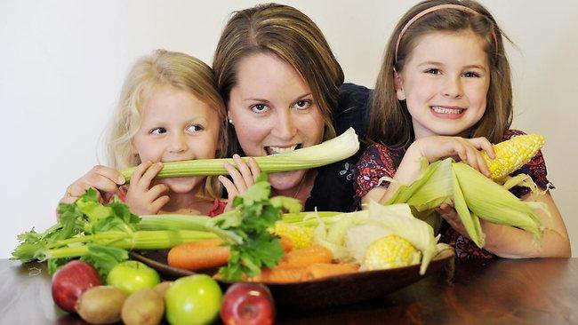 tu cum iti convingi copilul sa manance alimente sanatoase?
