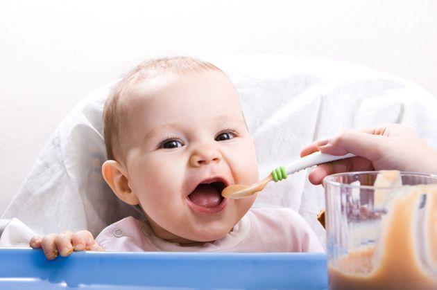 diversificarea la bebelusi inceputa la 6 luni