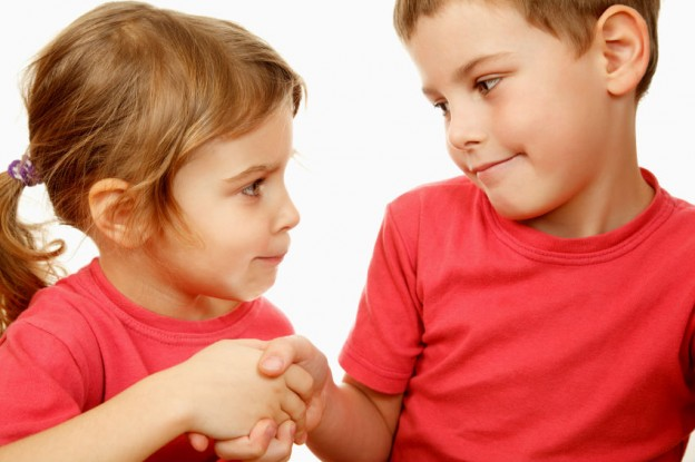 copiii trebuie sa invete de la o varsta frageda bunele maniere