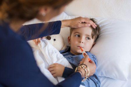 tot ce trebuie sa stii despre febra la bebelusi