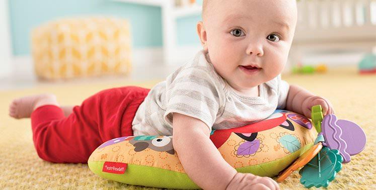ce centru de activitati este mai potrivit pentru bebe?