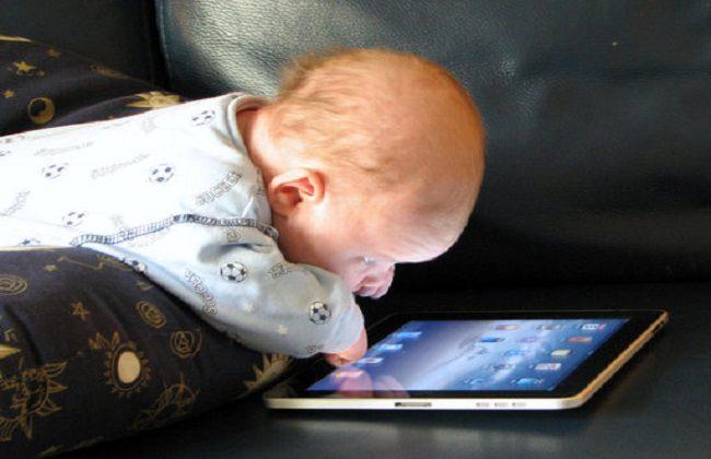 dependenta de telefon la copii