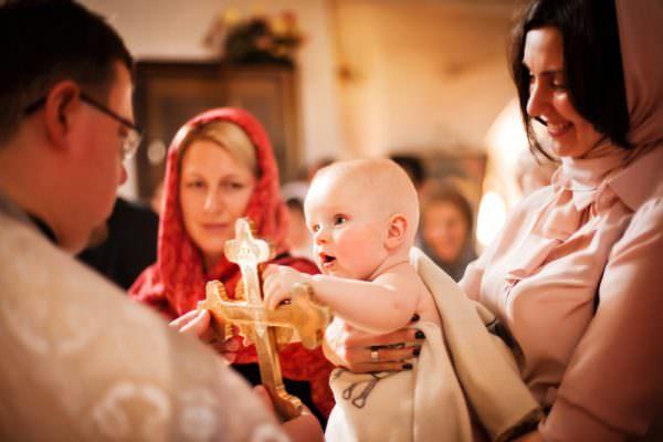 tu ce obiceiuri botez diferite cunosti?