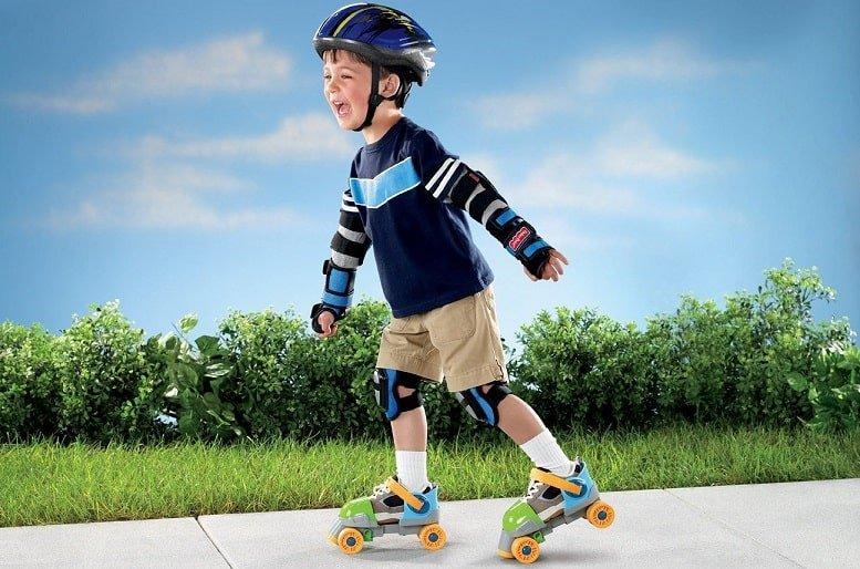 Care sunt beneficiile unei perechi de role pentru copii?