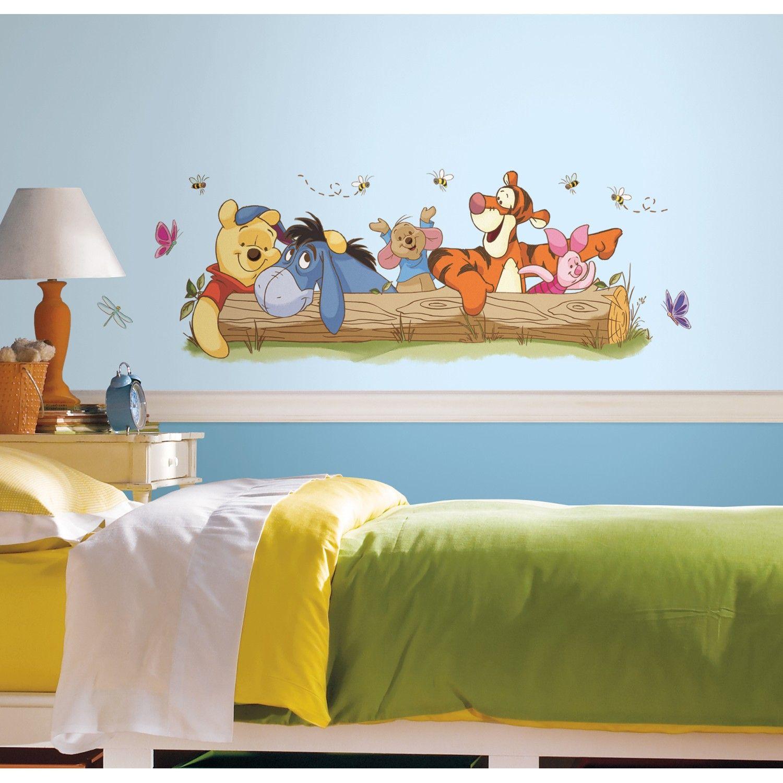 Sticker de perete Roommates Decor Winnie the Pooh si Prietenii Outdoor – 10 buc pentru copilul tau