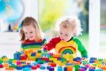 Jucarii educative pentru copii – surprinde-ti ghindocul de 1-2 ani!
