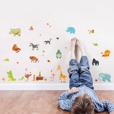 Stickere pentru copii de dimensiuni mari si colorate