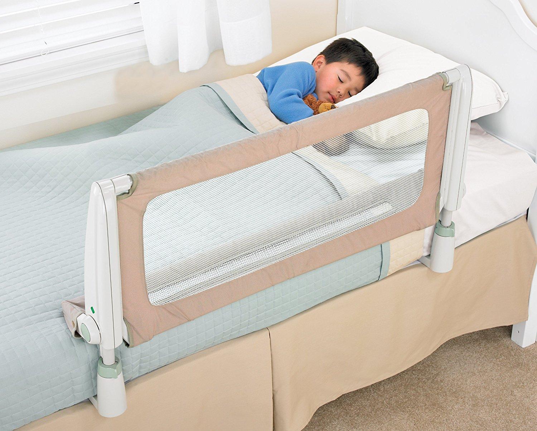 Copilul doarme in siguranta cu ajutorul unei protectii de patut pentru copii
