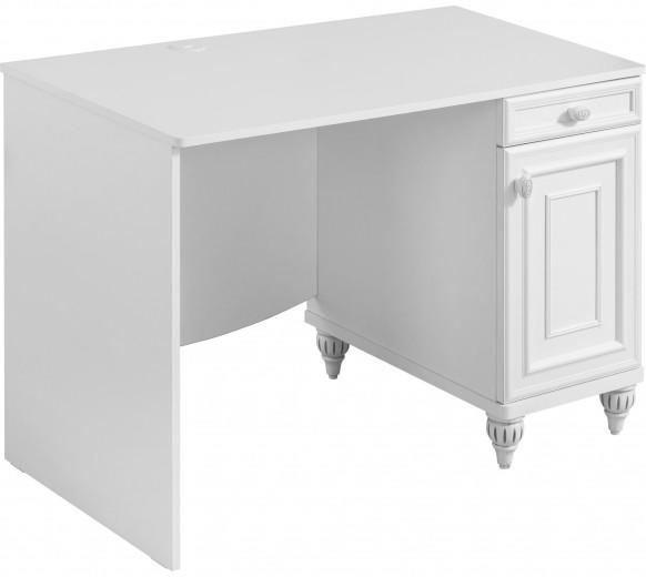 Camera copilului poate fi infrumusetata cu o masa de birou din pal din colectia Romantica