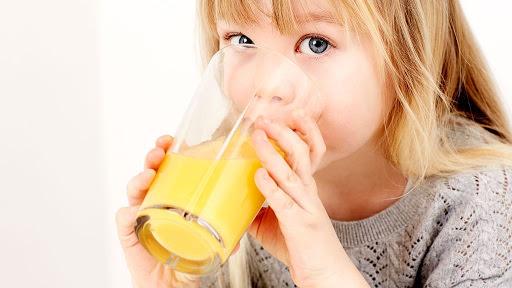care sunt cele mai bune sucuri naturale pentru copii