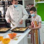 Cel mic poate invata sa gateasca la Danyelle Cooking