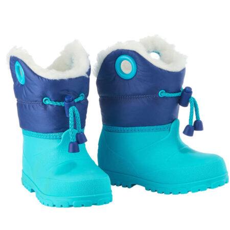 Printre cele mai interesante idei de cadou de Craciun se numara si cizmele de sanius pentru copii Warm albastru Lugik. Sunt calduroase si impermeabile!