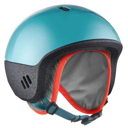 Lugik produce si casti de protectie. Este recomandat ca copilul tau sa foloseasca o casca la schi sau sanius, ca sa fie ferit de accidente nedorite!