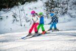 Top 5 articole de ski si sanius pentru copii de la Decathlon